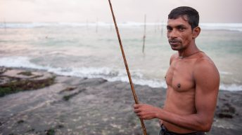 The Stilt Fishermen of Sri Lanka: discover an ancient fishing technique